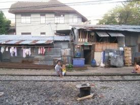 bangkok-to-surat-thani-sleeper-train-7