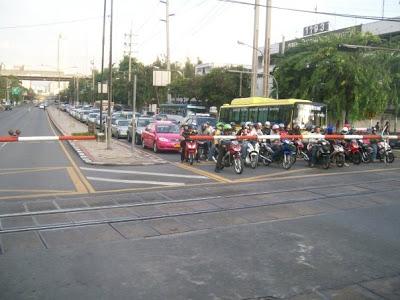 bangkok-to-surat-thani-sleeper-train-9