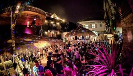 superflow-city-beach-club-bangkok-khhex