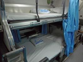 thailand-2nd-sleeper-bed2